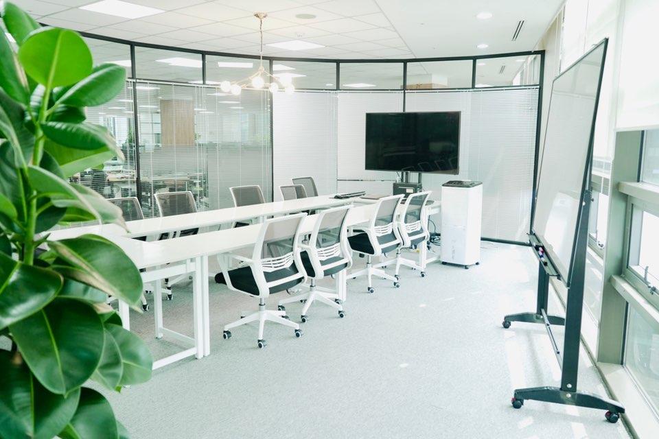 회의실 1